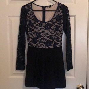 Other - Beautiful lace romper with pockets